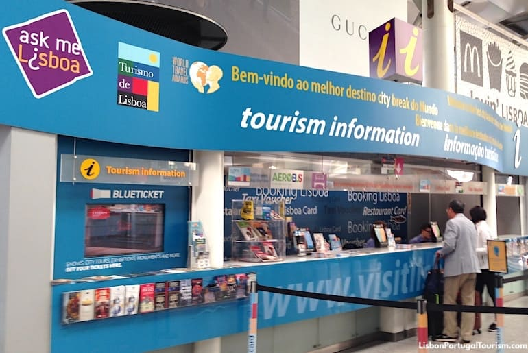Lisbon tourist office at the airport